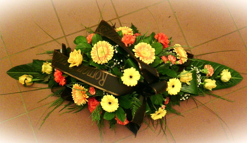 Pohřební služba Třebíč kytice-nizka-3