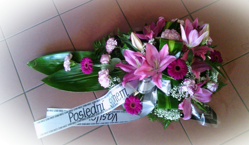 Pohřební služba Třebíč kytice-nizka-8