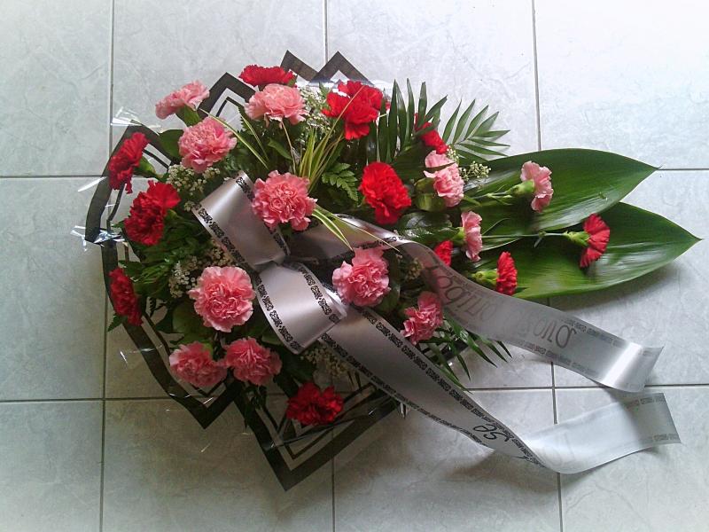 Pohřební služba Třebíč kytice-nizka-9