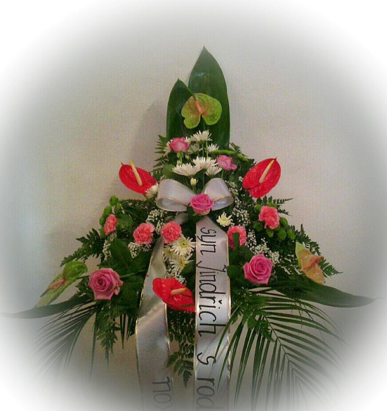 Pohřební služba Třebíč kytice-vysoka-4