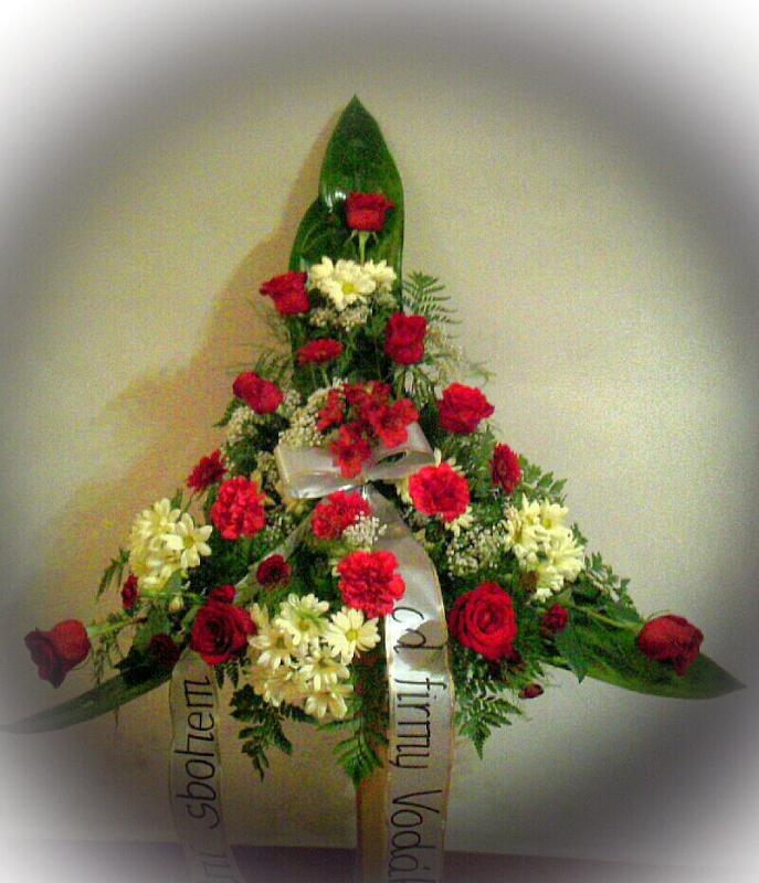 Pohřební služba Třebíč kytice-vysoka-5