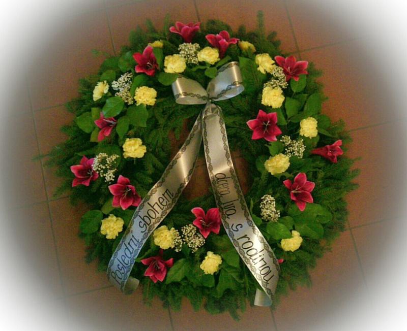 Pohřební služba Třebíč venec-umelorostly-2
