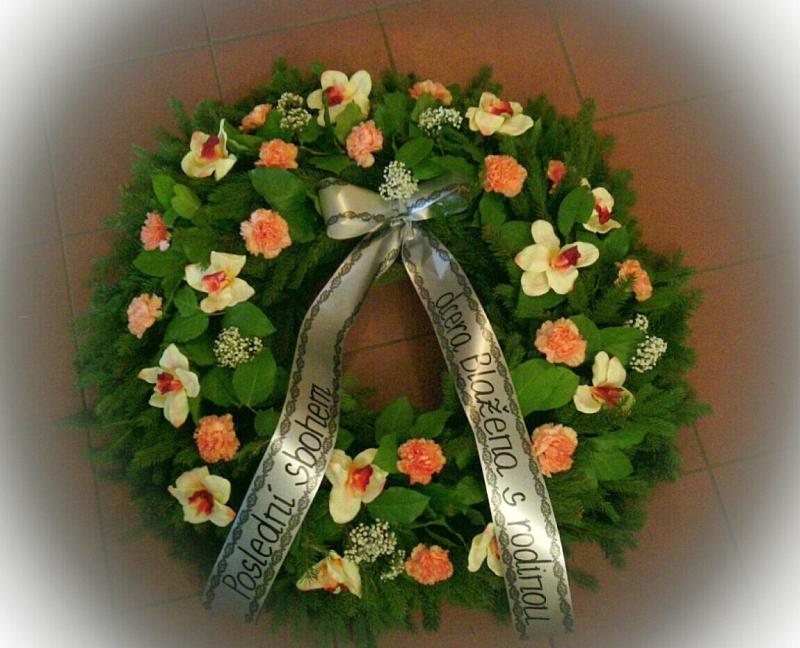 Pohřební služba Třebíč venec-umelorostly-3