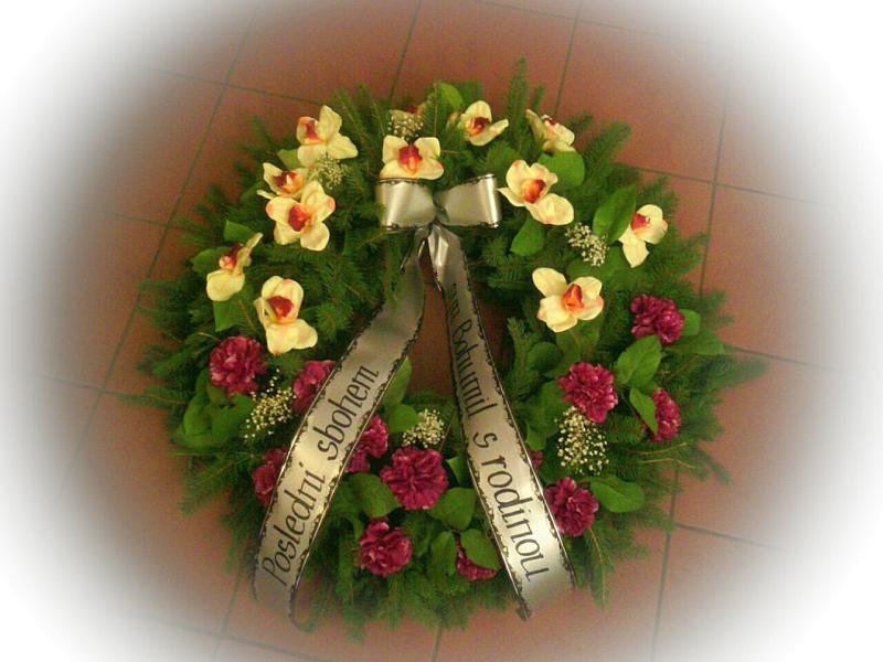 Pohřební služba Třebíč venec-umely-3